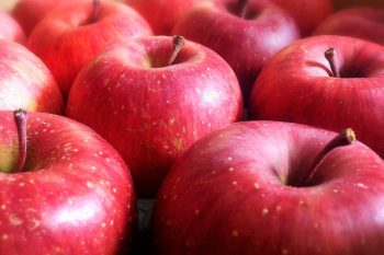 皮ごと食べられるりんご